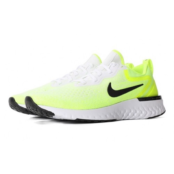 new product 5c881 609d6 🆕Men s Nike Odyssey React Sneakers